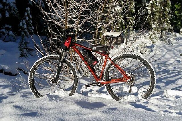 Зима - не повод прятать велосипед.