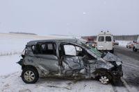 Автомобиль участника ДТП сильно поврежден.