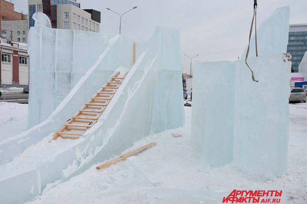 Строительство всех 16 ледовых объектов идёт полным ходом.