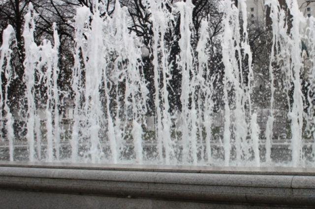 В Советске открыли новый цветной фонтан.