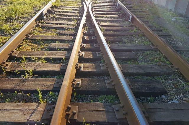 ВТихорецке мужчина умер под колесами поезда