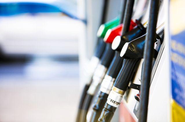 НаАЗС подорожал бензин идизтопливо. Средние цены на18декабря