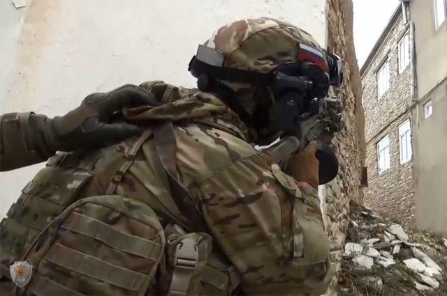 Вмашине боевиков вКЧР отыскали сильную самодельную бомбу