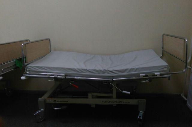 Когда состояние пациентки ухудшилось, её перевели в отделение реанимации перинатального центра и подключили к аппарату ИВЛ.