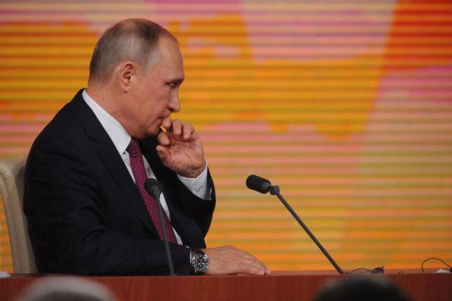 Путин пообещал подумать о масштабной амнистии к президентским выборам