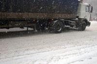 Под Киевом фуры заблокировали трассу: образовалась огромная пробка