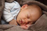 Родители первого и второго ребенка будут получать больше 9 000 рублей.
