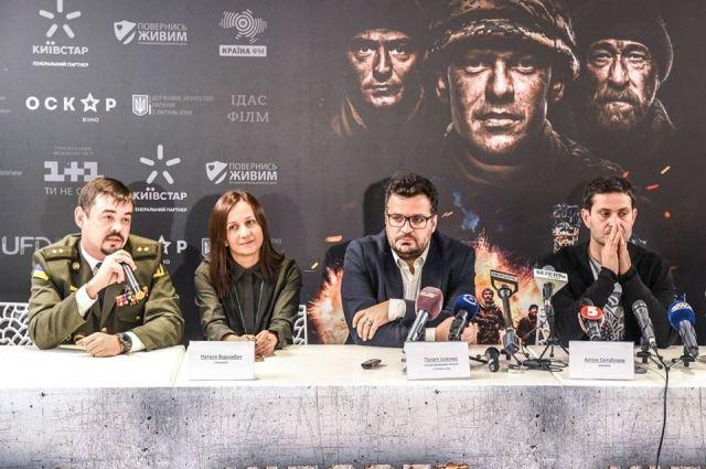 Избранникам вчетверг покажут фильм «Киборги» ипознакомят сактерами