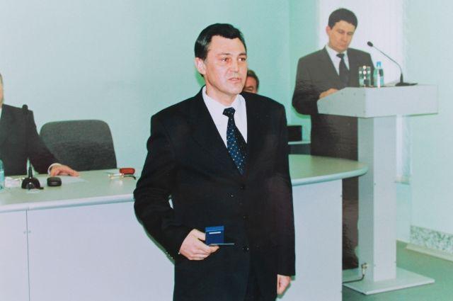 Сергей Богомолов имеет две награды.