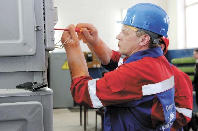 В этом году энергетики отремонтировали 30 км сетей.