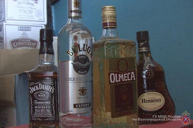ВКрасноярском крае изъяли неменее 15 тыс. бутылок контрафактного алкоголя