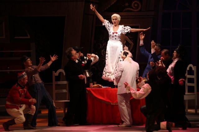 В декабре «северный соловей» Альфия Коротаева отпраздновала 32-летие творческой деятельности.