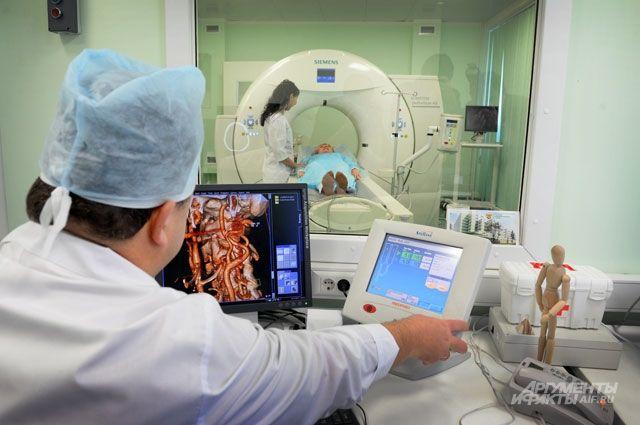 В этом году на оказание бесплатной медпомощи жителям Прикамья направили около 27 миллиардов рублей.