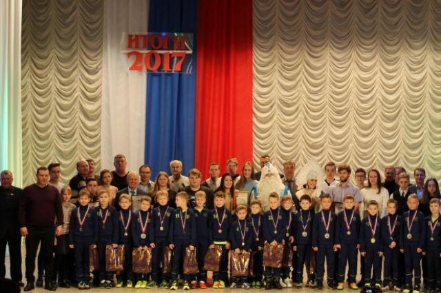 Названы имена лучших спортсменов и тренеров Дзержинска.