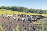 На раскопках бирского могильника работали и венгерские специалисты.