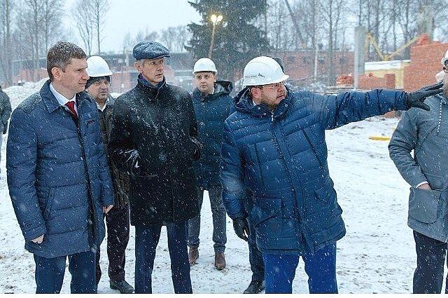 Максим Решетников съездил на строительную площадку зоопарка.