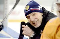 Двуреченский покинул команду в разгар хоккейного сезона.