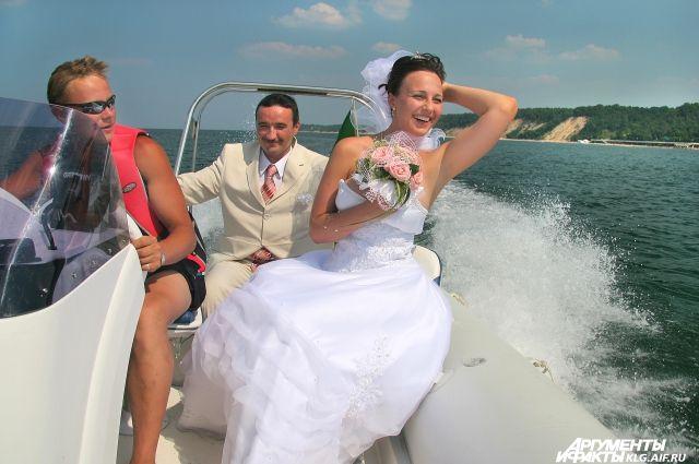 Почти 700 тысяч свадеб сыграли в Калининградской области с 1946 года.