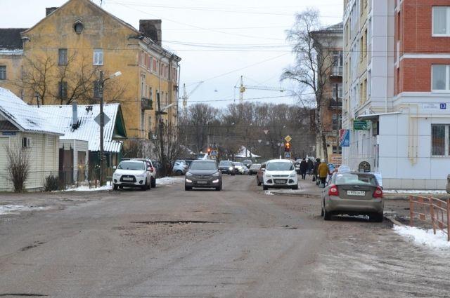 ВТвери наулице Бакунина иностранная машина  сбила 79-летнюю женщину