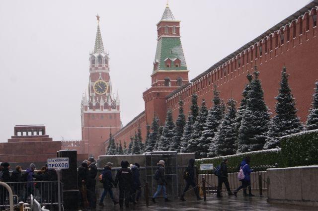 Красная площадь иКремль закроются вдень Общероссийской елки