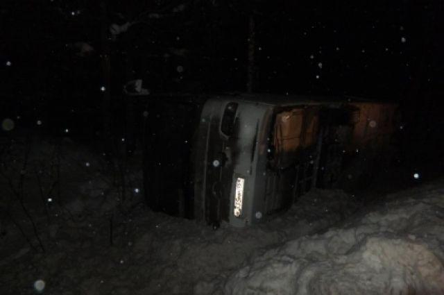 Авария произошла ночью 24 декабря.
