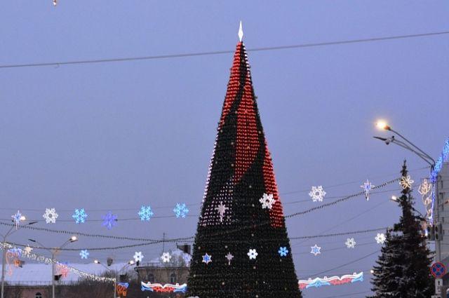 Главная новогодняя ель Барнаула