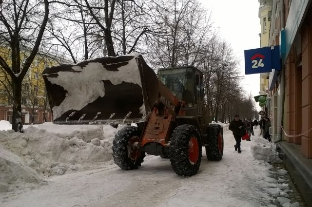 В Кузбассе работники ЖКХ и энергетики готовятся к снегопаду.