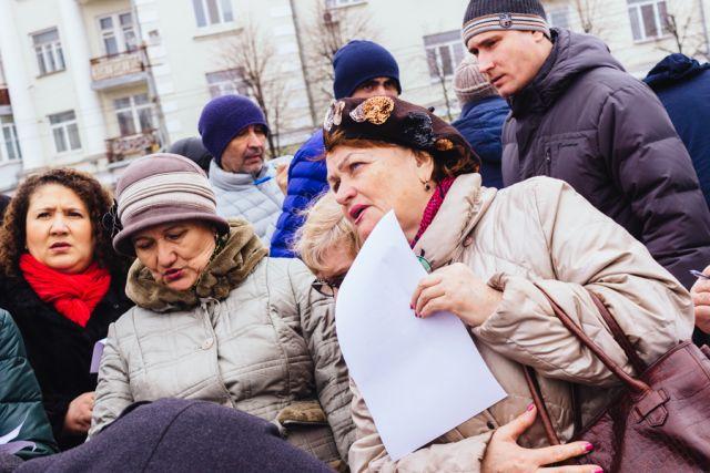 Такой митинговой активности на памяти казанцев еще не было.