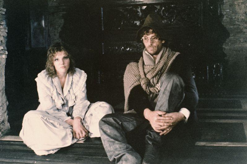 Александр Абдулов в роли Ланселота, артистка Александра Захарова в роли Эльзы на съемках фильма «Убить дракона» (1988) Марка Захарова.