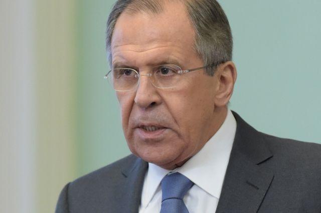 Лавров считает ситуацию вокруг российских СМИ во Франции неприличной