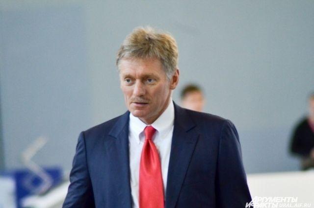 Песков: Российская Федерация непринимала никаких решений опоставках оружия вДонбасс