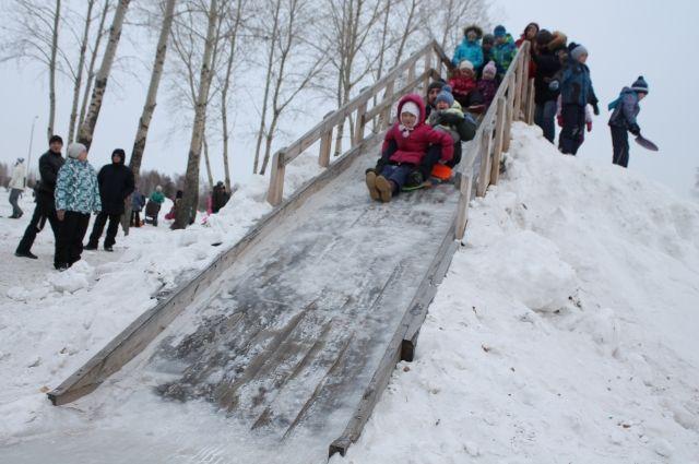В столице Кузбасса откроются снежные горки.