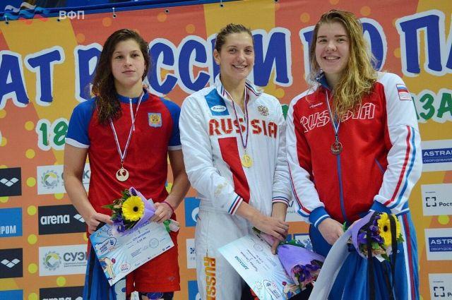13-летняя пловчиха Александра Сабитова установила два рекорда Российской Федерации