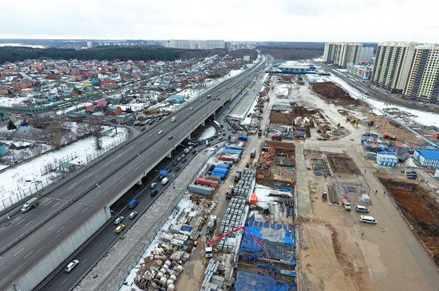 Так сейчас выглядит Киевское шоссе в районе станции метро «Рассказовка».