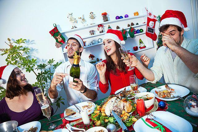 Блюда разных народов сделают праздничный стол необычным и запоминающимся.