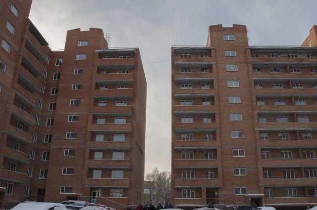 Новостройку наКосмическом вОмске обещают сдать доконца недели