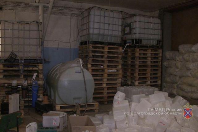 ВВолгограде накрыли цех попроизводству суррогатного алкоголя