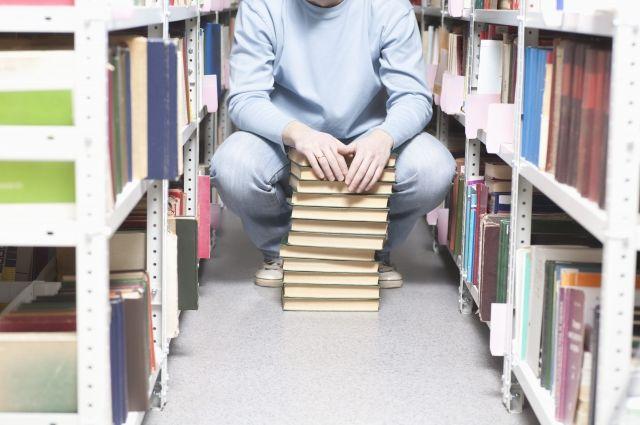 В 2017 году россияне чаще всего покупали книги для детей и о политике