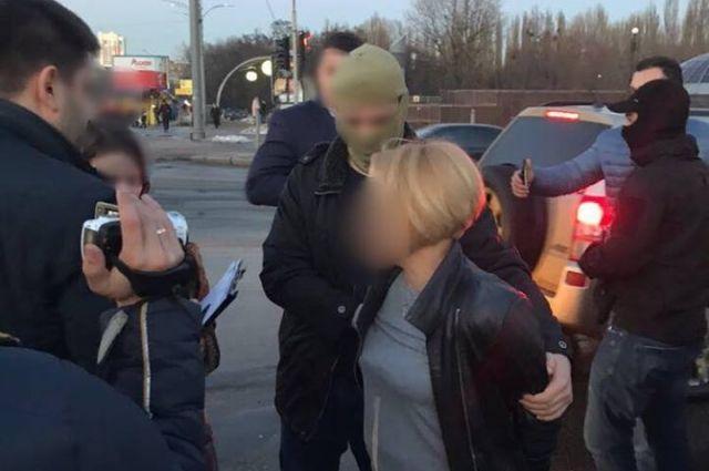 ВКиевской области чиновница взяла взятку автомобилем