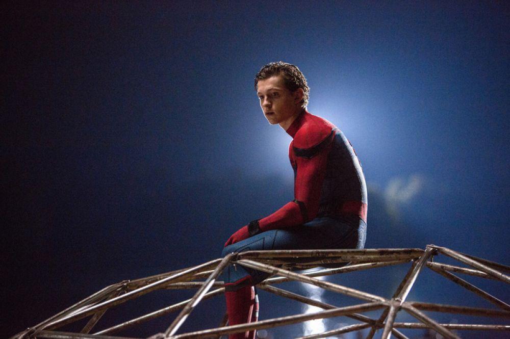 «Человек-паук: возвращение домой» с участием Тома Холланда собрал в прокате более 800 млн долларов, а общие сборы от фильмов актера составили 888 млн.