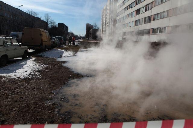 80 многоэтажек остались без отопления вПетербурге