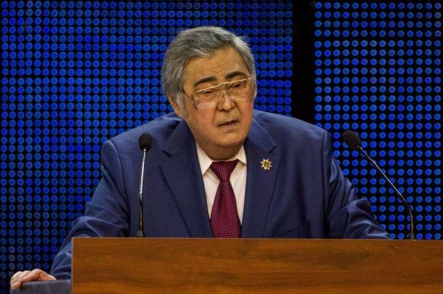 Тулеев попросил угольщиков приостановить взрывы на угольных предприятиях.