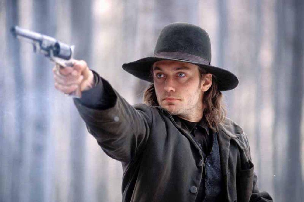 «Холодная гора» (2003) — солдат Инман.