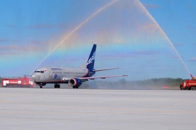 Руководство РФпередаст Архангельской области свои пакеты акций региональных авиапредприятий