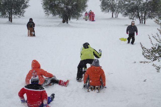 Зимние каникулы - прекрасное время для того, чтобы провести его активно и весело!
