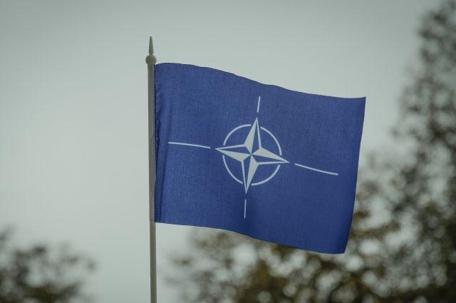 Генсек НАТО надеется на более интенсивный диалог с РФ в 2018 году