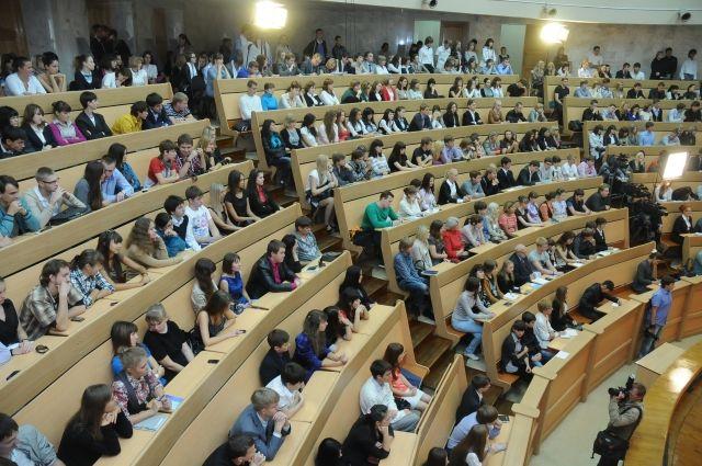 Тюменские студенты участвуют в различных конкурсах