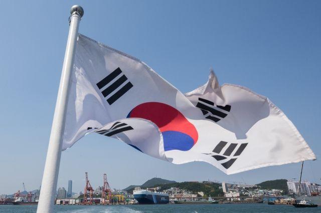 Президент Южной Кореи поручил руководству готовиться кпереговорам сКНДР