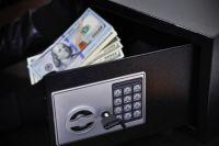 У жительницы Харькова украли золото и деньги вместе с сейфом