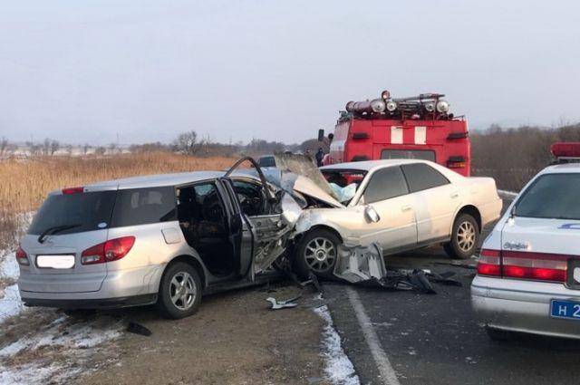 4 человека погибли влобовом столкновении вПриморье